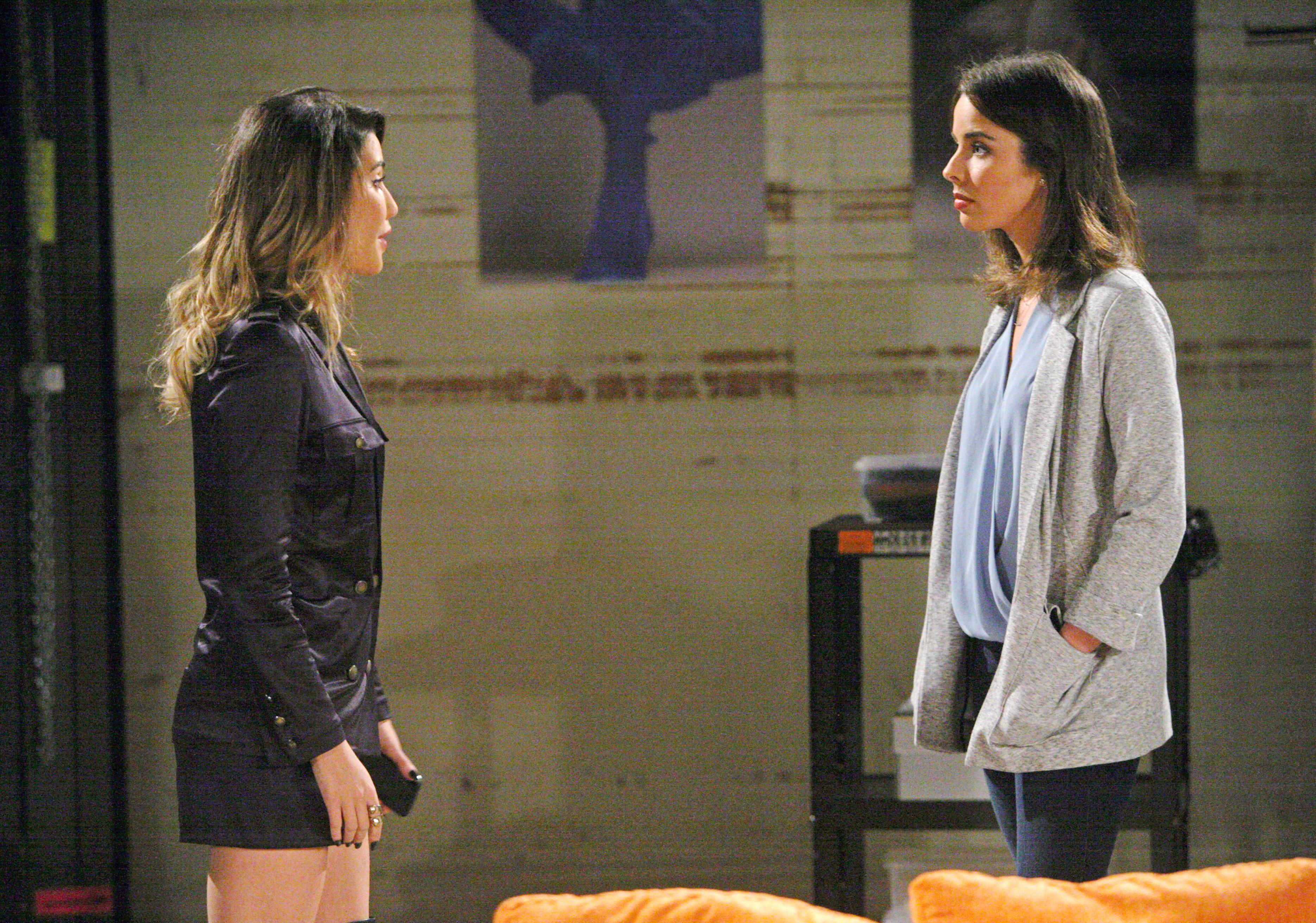 Ivy confronts Steffy.