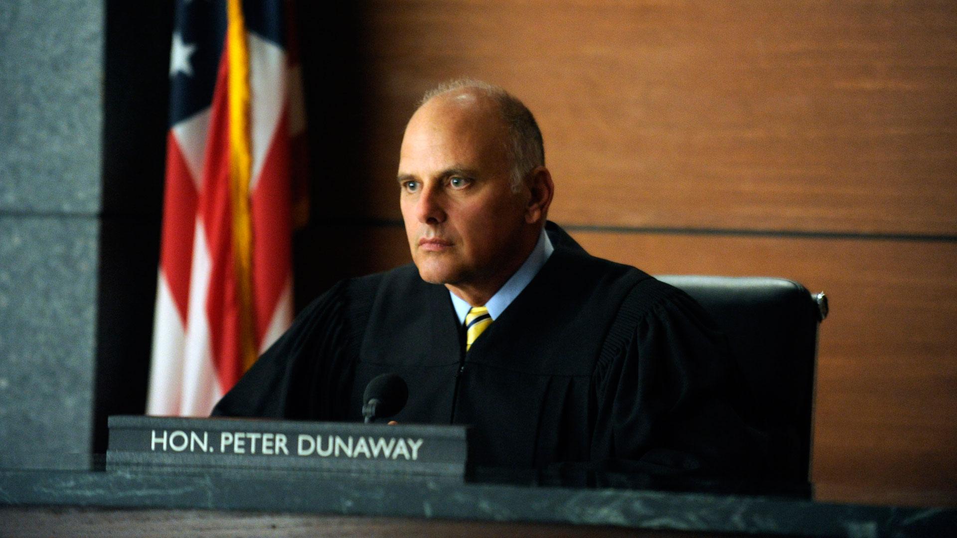 Judge Peter Dunaway (Kurt Fuller)