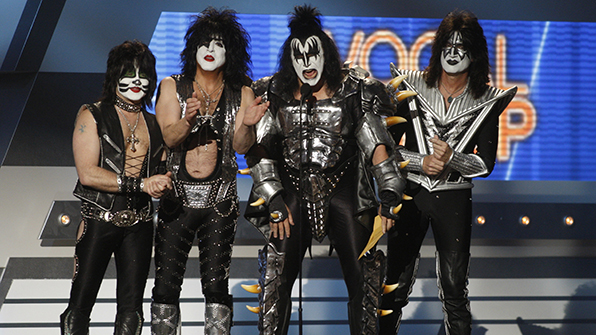 In 2012, KISS made a surprise guest appearance at the ACM Awards and presented Vocal Group of the Year award to Lady Antebellum.