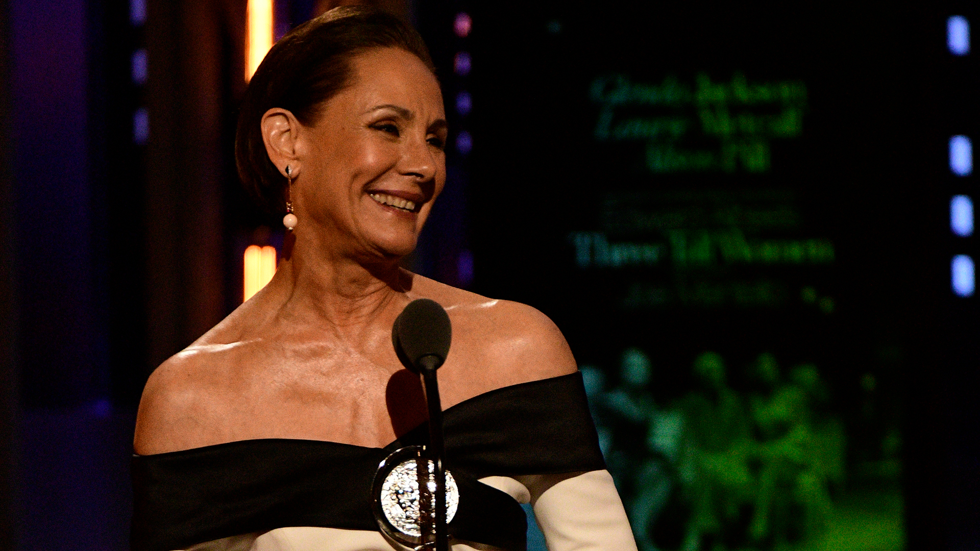 Laurie Metcalf wins Best Featured Actress in a Play at the 2018 Tony Awards.