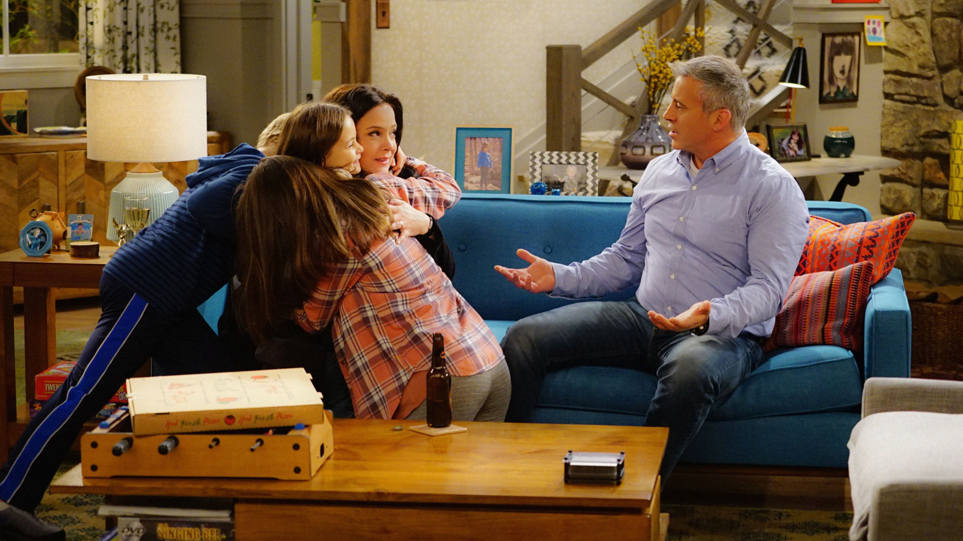 Hala Finley as Emme, Grace Kaufman as Kate, Liza Snyder as Andi, and Matt LeBlanc as Adam