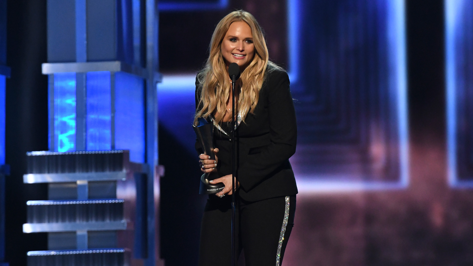Miranda Lambert wins Female Vocalist Of The Year at the 52nd ACM Awards
