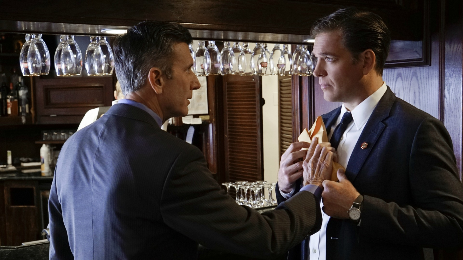 DiNozzo receives an unexpected gift.