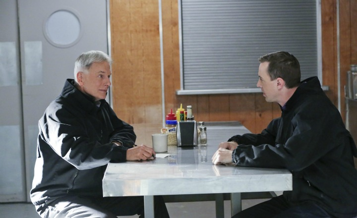 Gibbs and McGee have a one-on-one conversation.