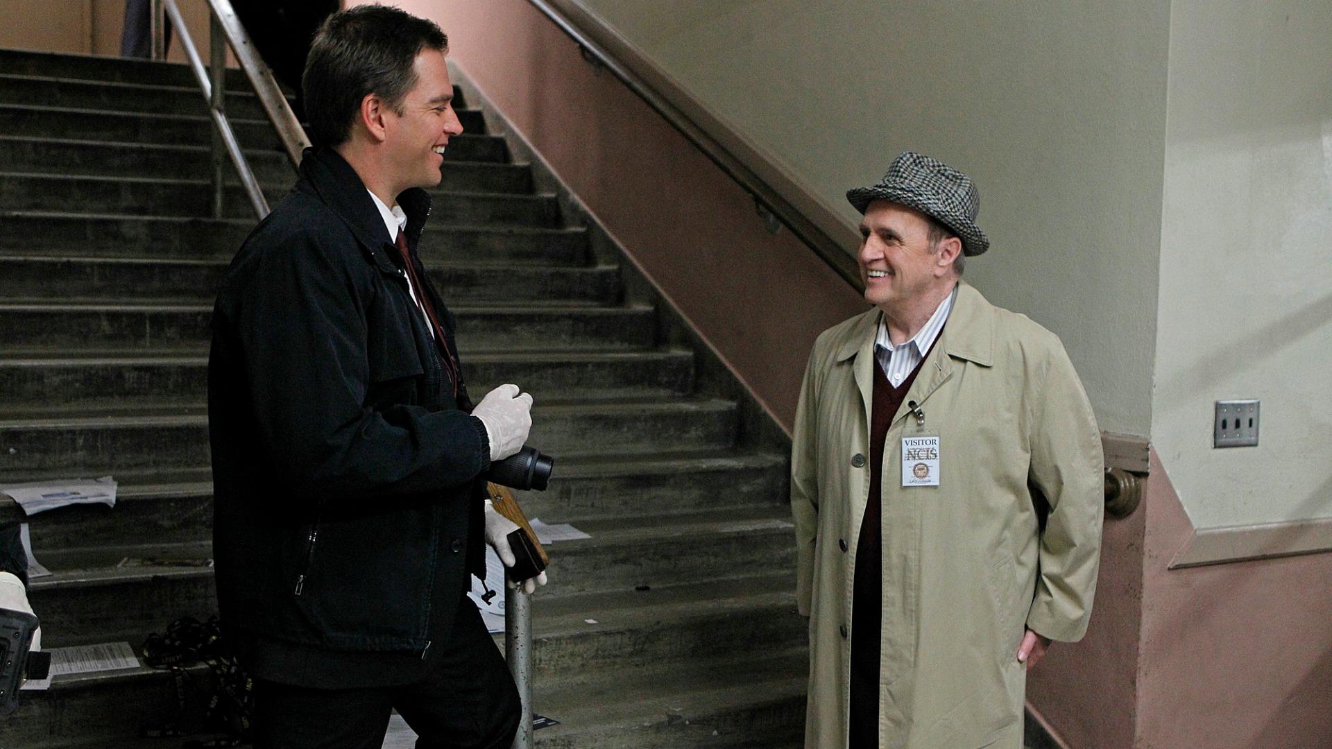 Bob Newhart as Dr. Walter Magnus