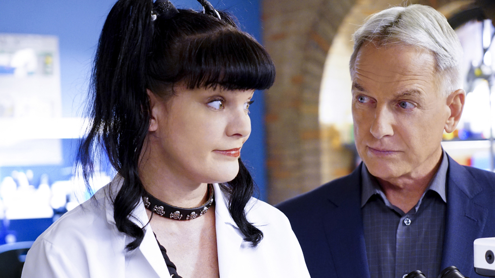 Abby shares her theory with Gibbs.