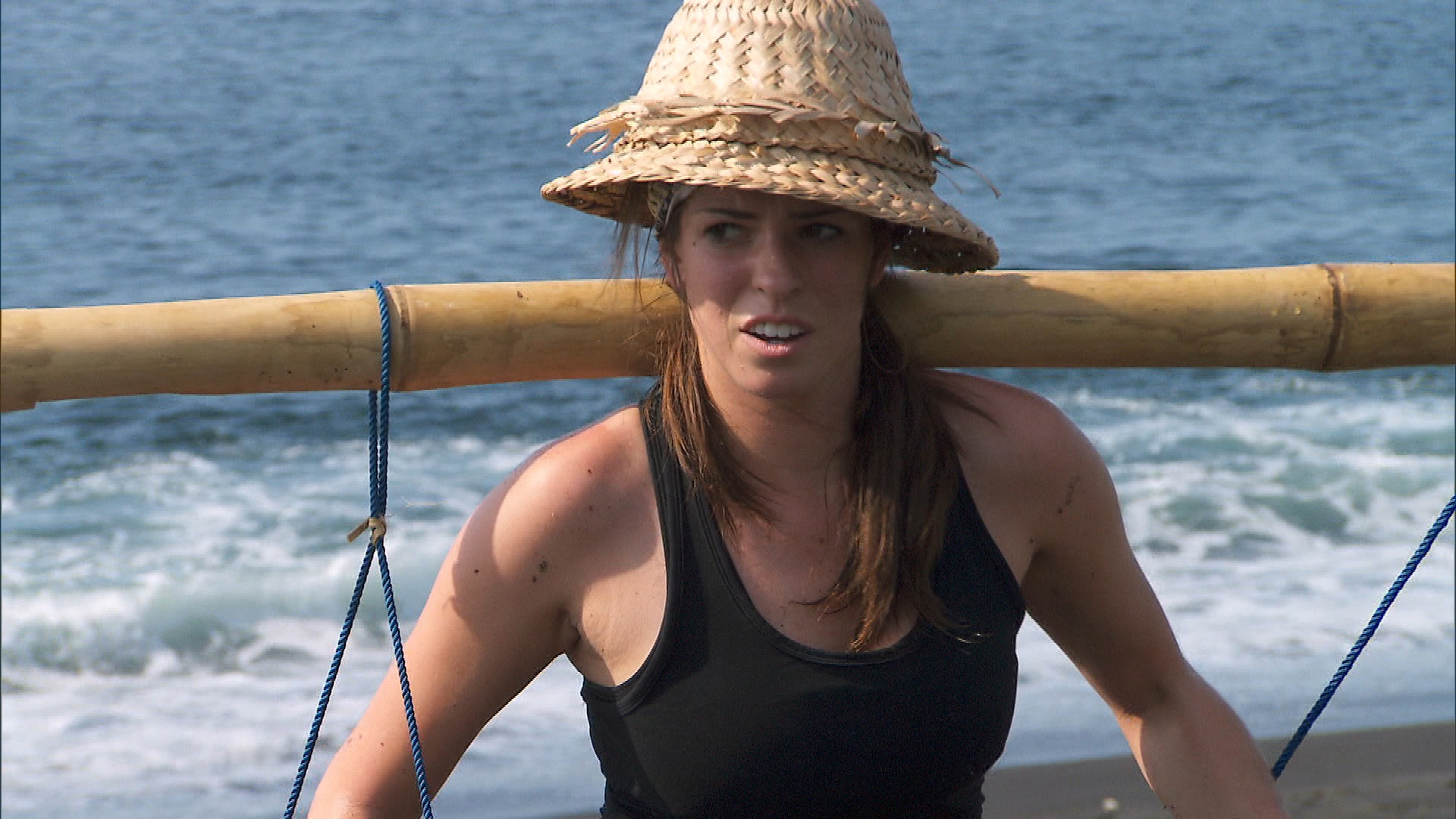 Rachel musters all the strength she has to continue on the next leg of The Amazing Race.