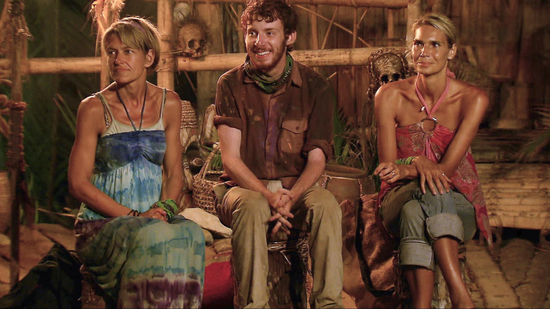 Dawn, Cochran and Sherri in the Season 26 Finale