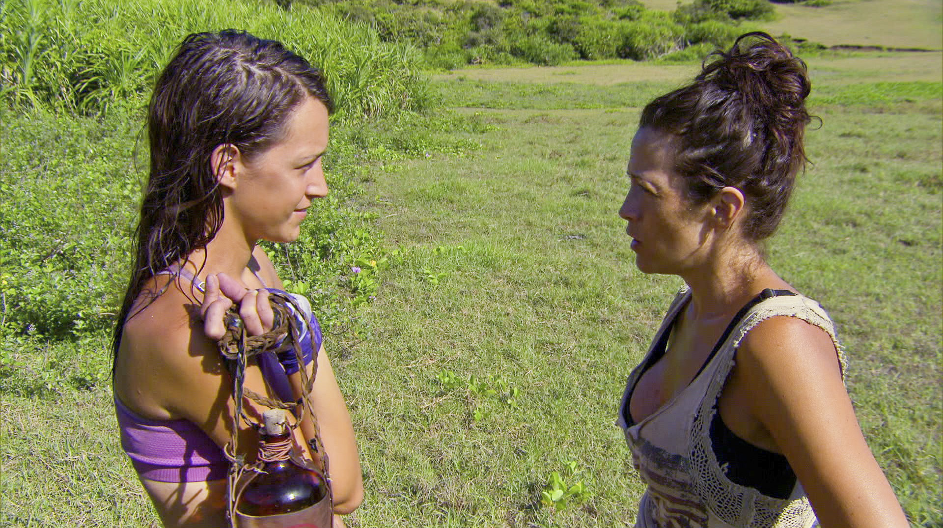 Ciera and Laura in Season 27 Episode 10