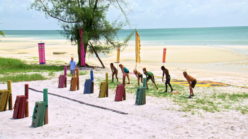 The final six castaways get ready to start the challenge.