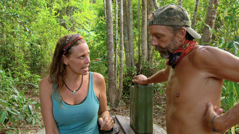 Kimmi and Keith chit-chat during the Second Chance season finale.