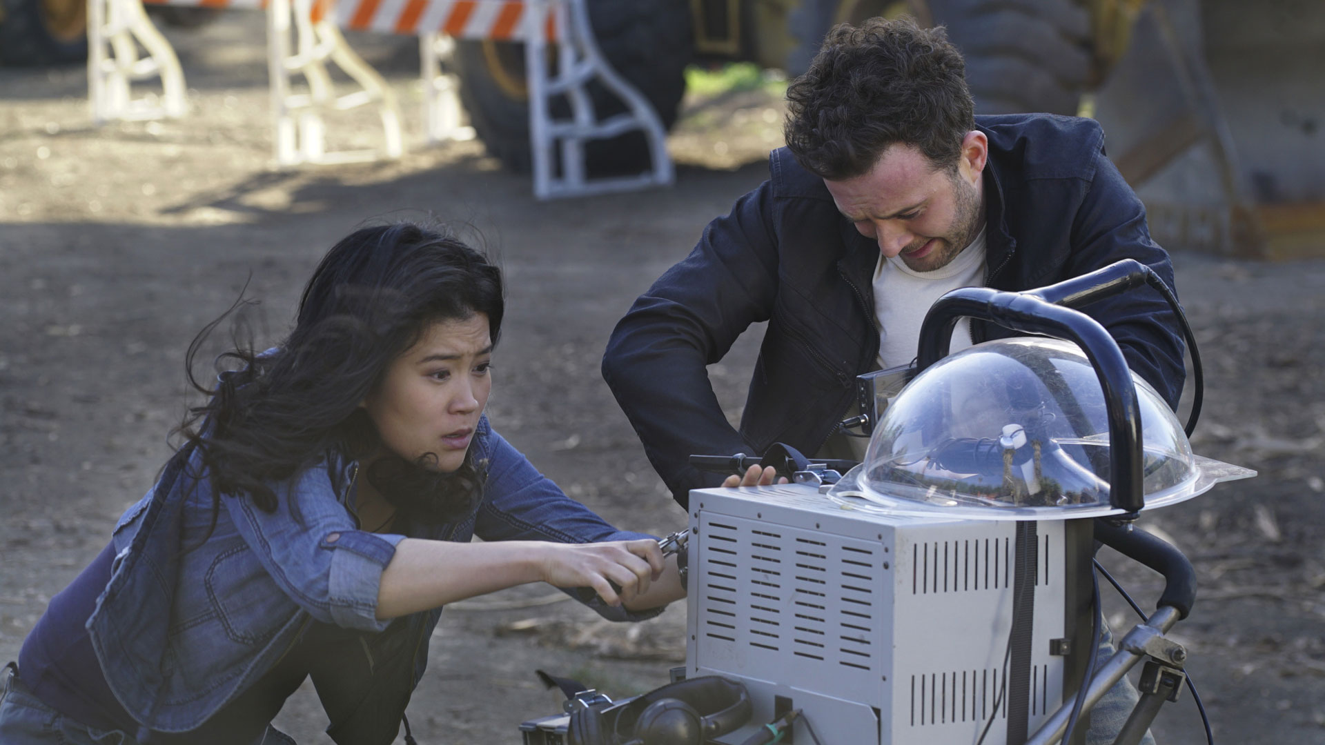 Jadyn Wong as Happy Quinn and Eddie Kaye Thomas as Toby Curtis