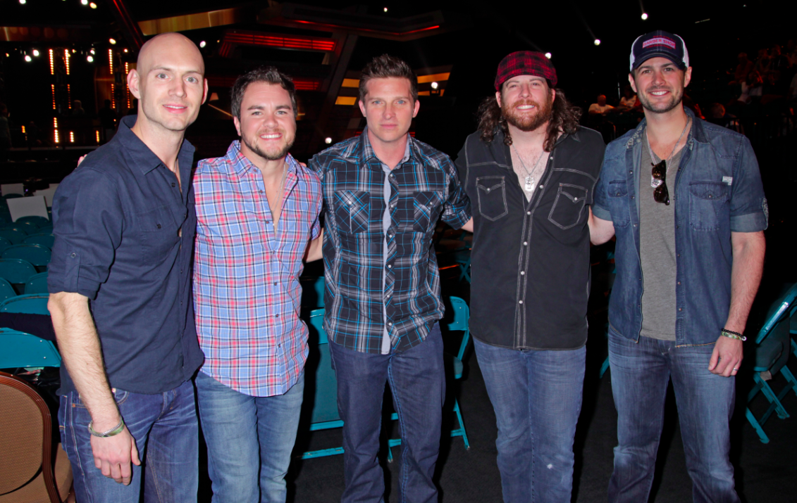 Eli Young Band and Steve Burton - ACM Award Rehearsals 2014