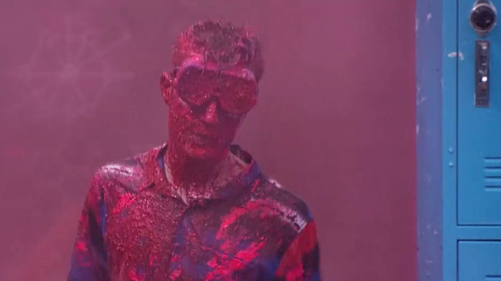 It's a paint attack for Johnny Mac ​(