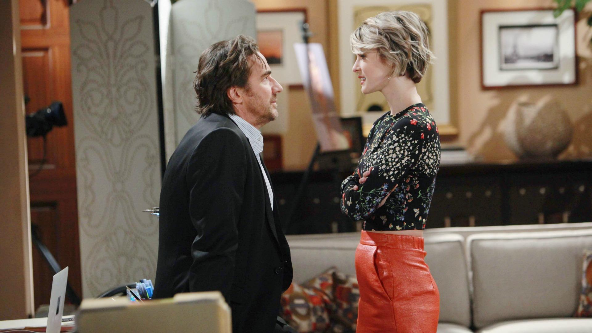 Ridge hides a big secret from Caroline.