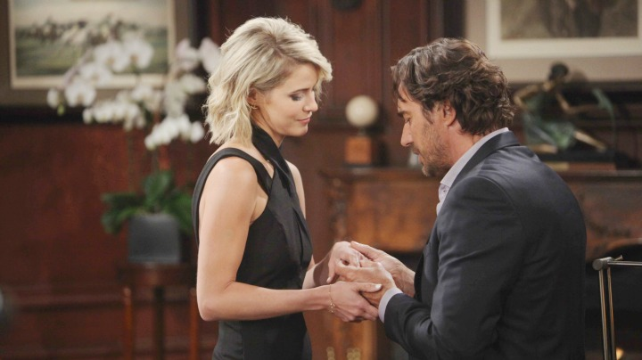 Ridge and Caroline move forward, despite their secrets.