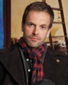 Jonny Lee Miller