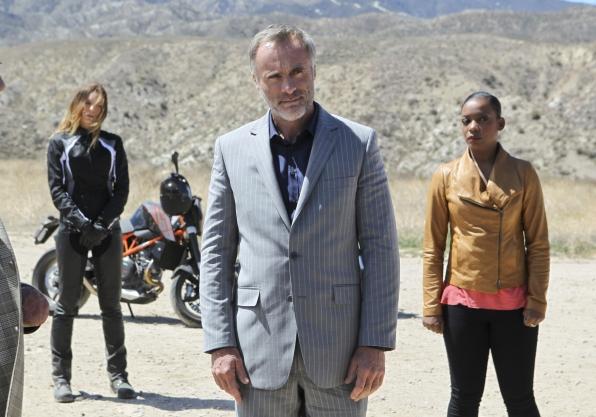 """Rendezvous in """"Descent"""" Episode 24 of Season 4"""