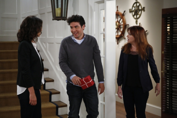 """Robin, Ted & Lily in """"The Locket"""" Episode 1 of Season 9"""