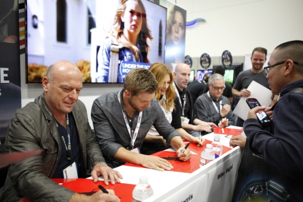 Dean Norris and Mike Vogel