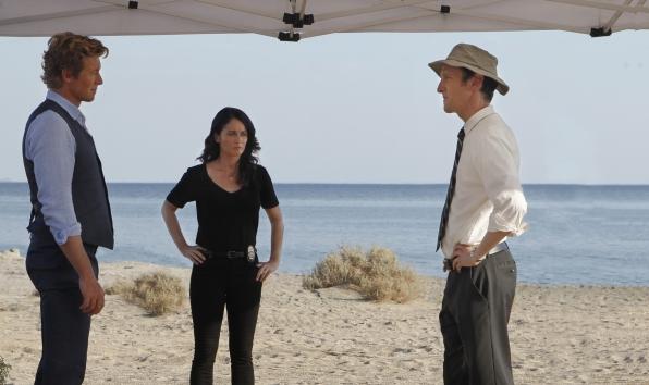 "Collaborating in ""The Desert Rose"" Season 6 Episode 1"