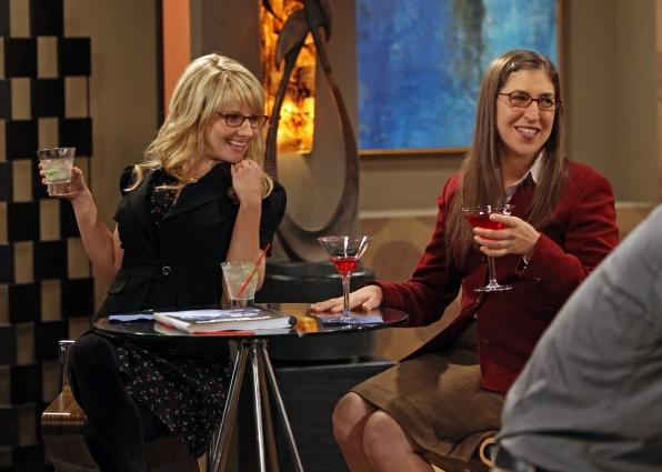 "Ladies Night in ""The Hofstadter Insufficiency"" Episode 1 of Season 7"