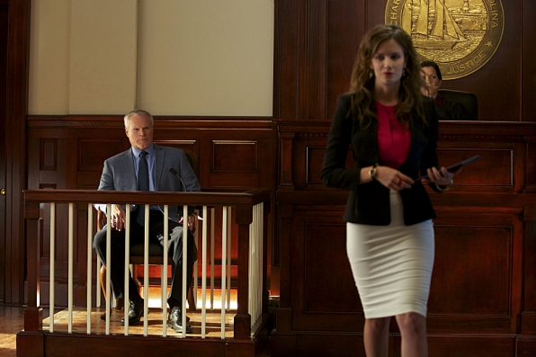 """Jamie takes on a pro bono client in """"Bloodstone"""" S1 E5"""