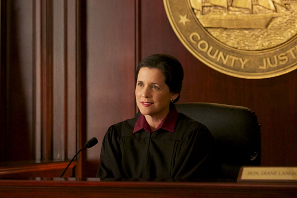 """Mary Dudley as Judge Diane Langham in """"Bloodstone"""" S1 E5"""
