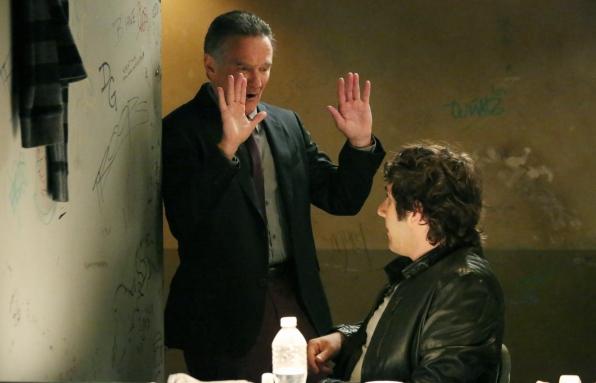 """Simon comes in peace in """"Sydney, Australia"""" Episode 7 of Season 1"""