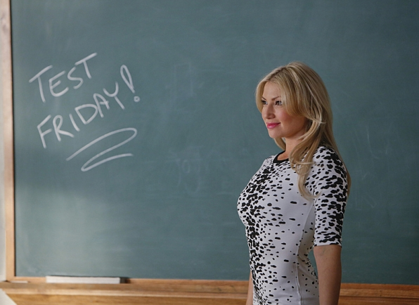 Season 1 Episode 2 Photos - Bad Teacher