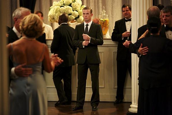"""Roy Rayder at the Mayor's ball in """"Deep Waters"""" S1E7"""