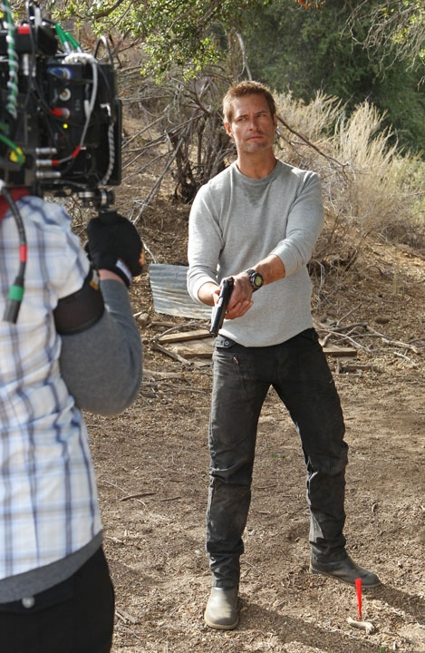 """Behind The Scenes in in """"Delta Force"""" S1 E8"""