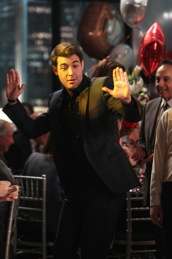 """Raise the roof in """"Zach Mitzvah"""" S1 E16"""