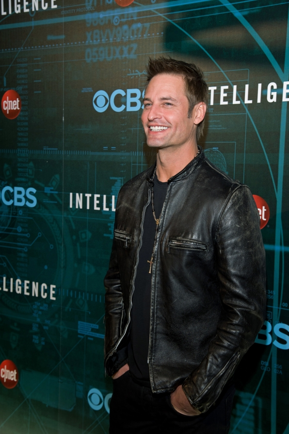 Josh Holloway at CES
