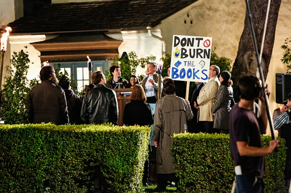 """Library rally in """"The Monster"""" S1 E21"""