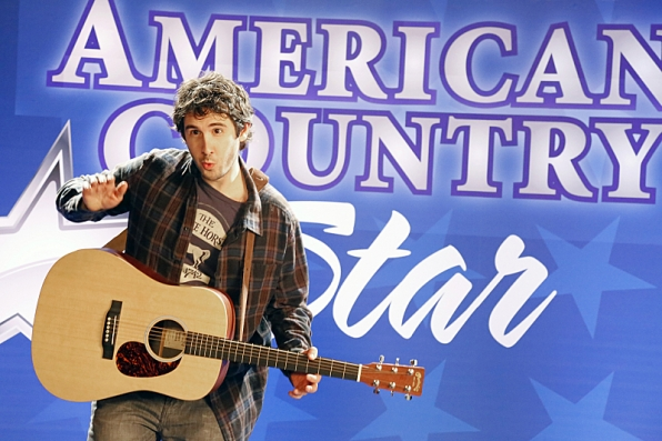"""The next American country star in """"Danny Chase Hates Brad Paisley"""" S1 E19"""