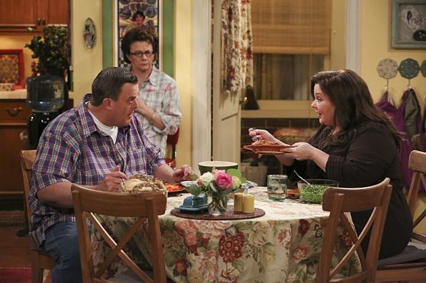 "Family breakfast in ""Eight Is Enough"" S4 Finale"