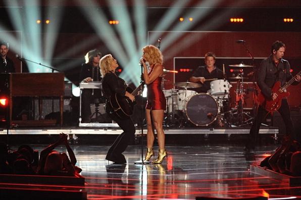 Miranda Lambert Performs