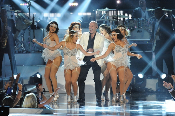 """7. Pitbull was the center of attention during his performance of """"Fireball."""""""