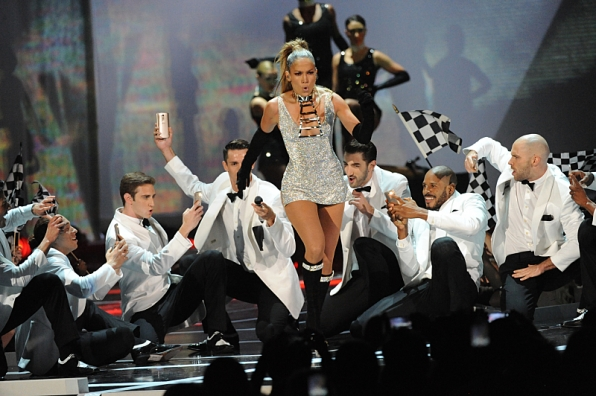 7. When she treated the audience to a few rump-shaking moves.