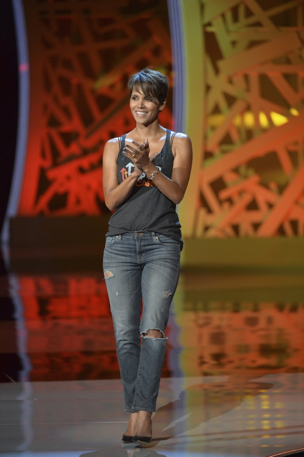 Halle Berry - Stand Up To Cancer