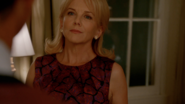 2. Linda Purl, who plays Barbara Fortnum, is the former daughter-in-law of Desi Arnaz and Lucille Ball.