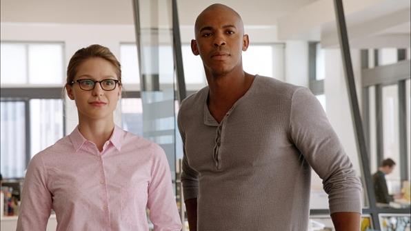 Melissa Benoist as Kara Zor-El and Mehcad Brooks as James Olsen in Supergirl.