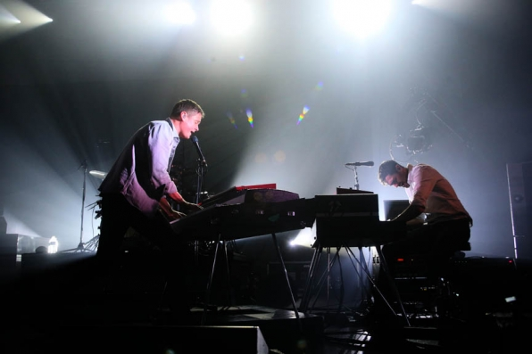 Keane Performs Stageside Live