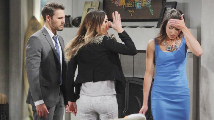 Steffy flips out at the newlyweds.