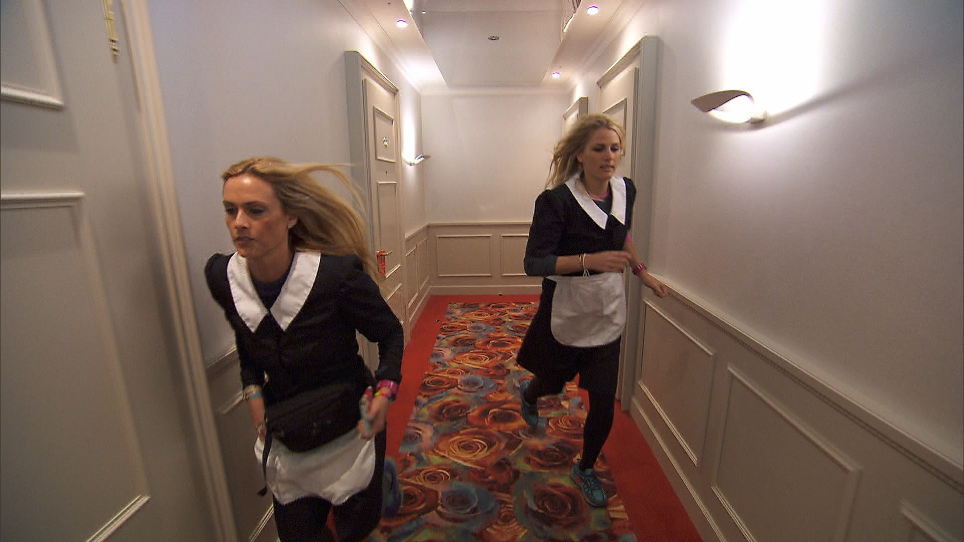 Wearing uniforms in Season 24 Episode 9