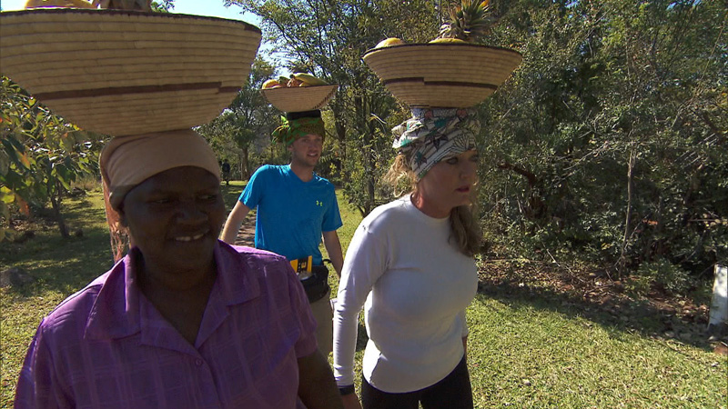 Balancing fruit is no peachy task for #TeamAlabama.
