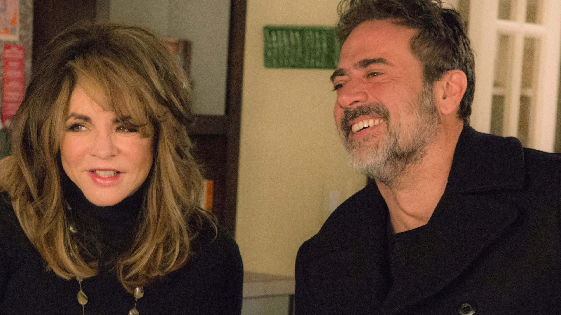 Stockard Channing as Veronica Loy and Jeffrey Dean Morgan as Jason Crouse