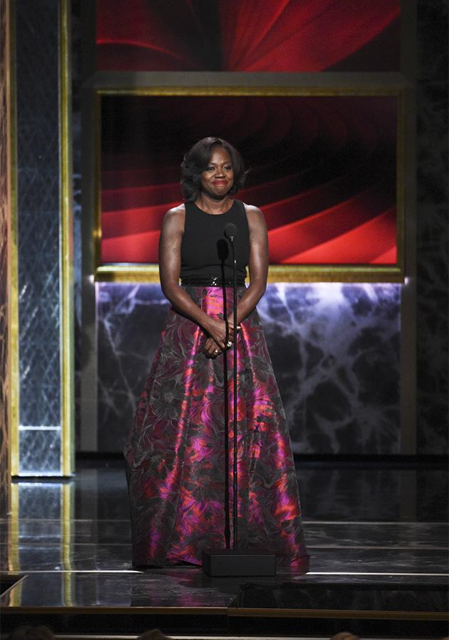 Actress Viola Davis takes the spotlight to honor Cicely Tyson.