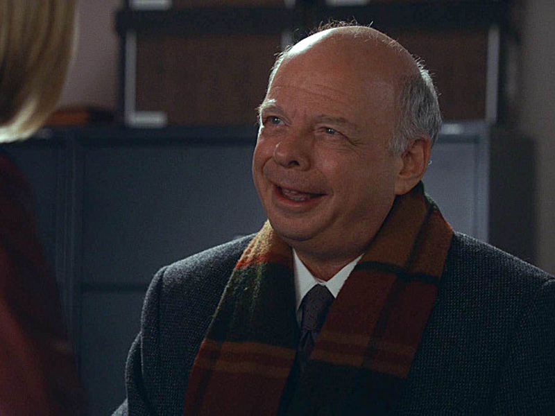 Wallace Shawn as Charles Lester